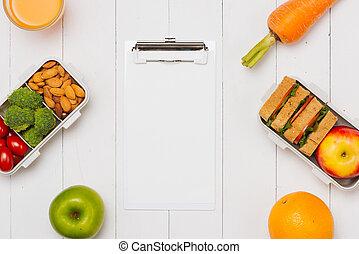 終わり, 白, ランチボックス, 上に, 仕事場, の, 仕事, 机, 食べること, きれいにしなさい, 食物, 習慣, ∥ために∥, 食事, そして, ヘルスケア, 概念
