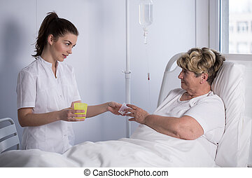 給, 藥物, 到, 病人