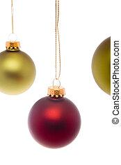 緑の赤, クリスマスボール, 隔離された, 白い背景
