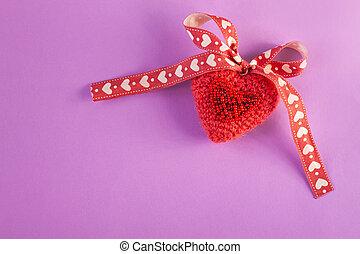 編まれる, 創造的, flatlay, スペース, 媒体, 旗, concept.valentines, 心, 紫色の背景, 最小である, カード, ピンク