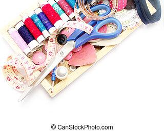 縫紉, 成套用具