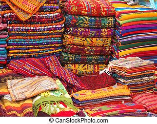 織物, 市場