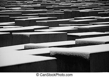 纪念碑, 大屠杀