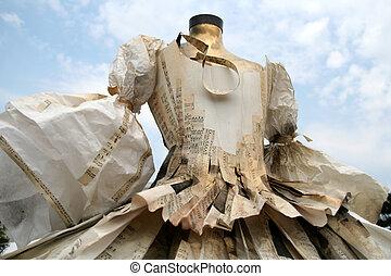 纸, 衣服