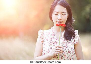 美しい女性, アジア人