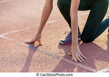 美しい女性, トラック, 運動選手, レース, 準備ができた, run.