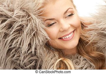 美しい女性, 中に, 毛皮