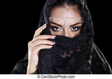 美しい女性, 東, niqab, 隔離された, 中央, 黒い背景, ベール