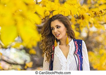 美しい女性, 秋風景, 肖像画