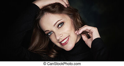 美しい女性, 背景, 黒, きれいにしなさい, 皮膚, スタジオ, 微笑