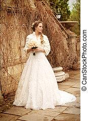 美しい女性, -, 花嫁, 屋外, 結婚式肖像画, 服