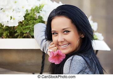 美しい女性, 花, 幸せ