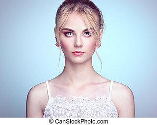 美しい女性, 若い, 毛の方法, ブロンド, 肖像画