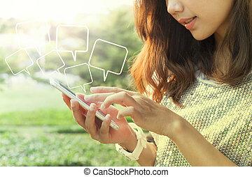 美しい女性, 遊び, そして, 感動的である, 上に, 痛みなさい, 電話, スクリーン, 中に, ou