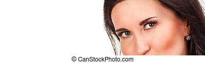 美しい目, 女