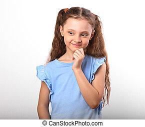 美しい, かわいい, looking., 女の子, 子供, 手, クローズアップ, 背景, 下に, 肖像画, 白い額面, 幸せに微笑する