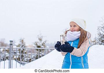 美しい, わずかしか, 冬, 雪, クリスマス, 保有物, 屋外で, 女の子, 愛らしい, 日, ランタン