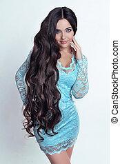美しい, ブルネット, girl., 健康, 長い間, 巻き毛, hair., 女性, 中に, 青いドレス