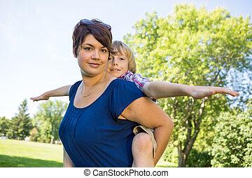 美しい, 公園, 背中, 息子, 届く, 母