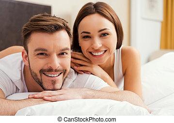美しい, 出費, あること, 恋人, 時間, 若い, 一緒に, 間, 他, ベッド, それぞれ, 情事, 品質, 結び付き, 一緒に。