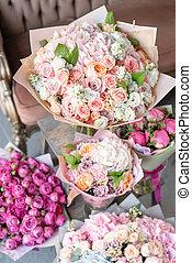 美しい, 別, 花, 有色人種, 家族, ショーケース, 春, コピー, shop., スペース, business., 花, 花びん, 小さい, florist., 仕事, bouquets.