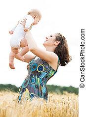 美しい, 夏, 幼児, 女, 牧草地, 彼女, concept., wheat., 若い, 赤ん坊, 遊び
