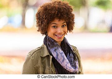 美しい, 屋外, 人々, -, 若い, 秋, アメリカの女性, 黒, アフリカ, 肖像画