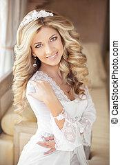美しい, 幸せな微笑すること, 花嫁, 若い女性, ∥で∥, 結婚式, 構造, そして, ブロンド, 巻き毛,...