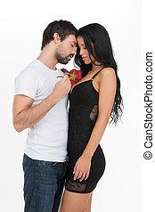 美しい, 彼の, バラ, 恋人, 男性, カップル。, 抱き合う, 若い, 間, 魅力的, 手を持つ, 情事