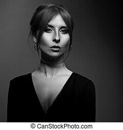 美しい, 暗い, ファッション, 首, バックグラウンド。, クローズアップ, 長い間, 見る, 優雅である, 女, 黒, セクシー, 深刻, 売りに出しなさい, イヤリング, 白, portrait., 影