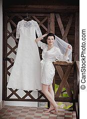 美しい, 歩くこと, 屋外で, 花嫁, 結婚式 服