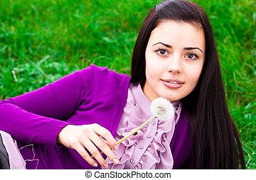 美しい, 肖像画, 女, 若い, タンポポ