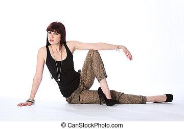 美しい, 若い, ファッションモデル, 床の上に座る