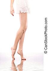 美しい, 裸である, ほっそりしている, 足