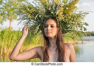 美しい, 裸である, 若い女性, ∥で∥, 花輪, 楽しい時を 過しなさい, 中に, water.