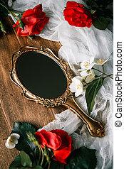 美しい, a, 型, 鏡, ∥で∥, 花, 上に, 木製である, 背景