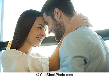 美しい, much!, 女, 愛, 彼女, 恋人, それぞれ, 若い, 間, 他, そう, 包含, あなた, 情事, 微笑, 結び付き, ボーイフレンド