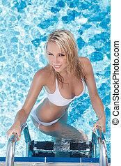 美しい, pool., 平面図, 若い, 行く, 女性, から, プール, 水泳