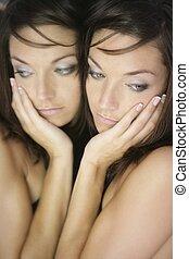 美丽的妇女, 年轻, 形成, 镜子, 性感