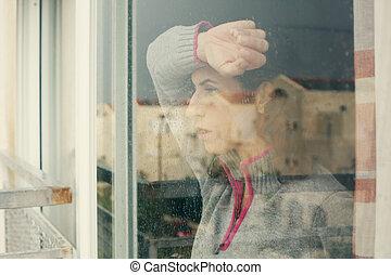 美麗, 40, 歲, 婦女看, 透過, the, 窗口