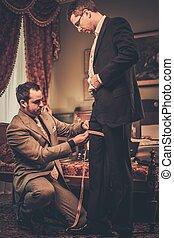 習慣, 仕立屋, スーツ, 測定, 合うこと, 作られた, クライアント