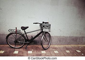 老的自行车, 对, a, 墙壁