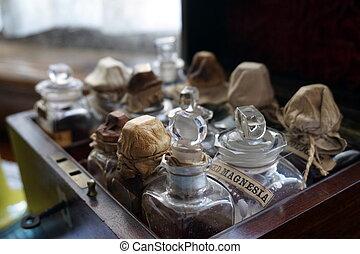 老, 多樹木, 案件, 包含, 瓶子, 以及, 管形瓶, ......的, 醫學, 包括, magnesia