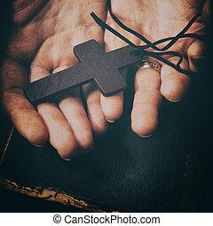 聖書, 型, 交差点, クローズアップ, 手を持つ
