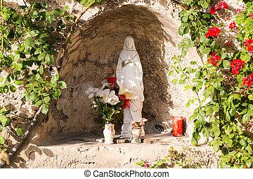聖母マリア, 像