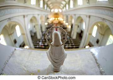 聖母マリア, 像, 教会