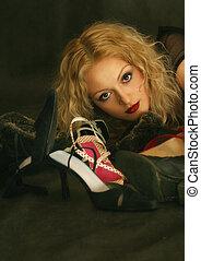 肖像画, ∥で∥, 靴