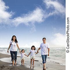 肖像画, の, 家族の歩くこと, 浜