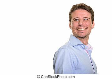 肖像画, の, 幸せ, コーカサス人, ビジネスマン, 微笑, そして, 終わる 肩を 見ること