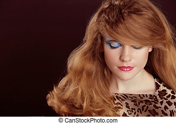 肖像画, の, 美しい, 十代, 女, ∥で∥, 構成しなさい, そして, 巻き毛, 健康, 毛, styling.
